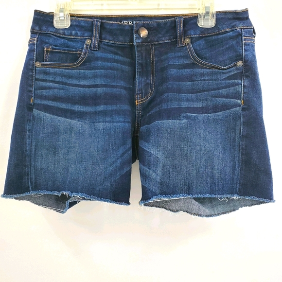 American Eagle super stretch cutoff jean shorts 10
